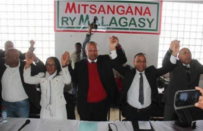 Mitsangana ry Malagasy