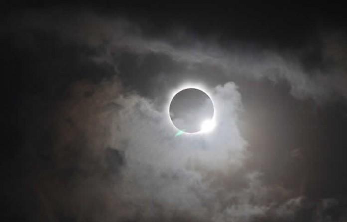En attendant l'éclipse…